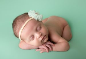 Best Newborn Photographer Indianapolis