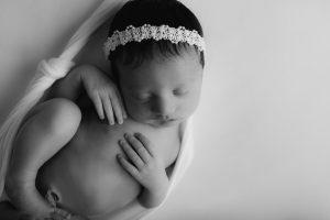 Cheap infant photographer Indianapolis