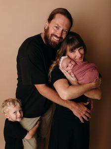 Family and Newborn Photgrapher Carmel Indiana