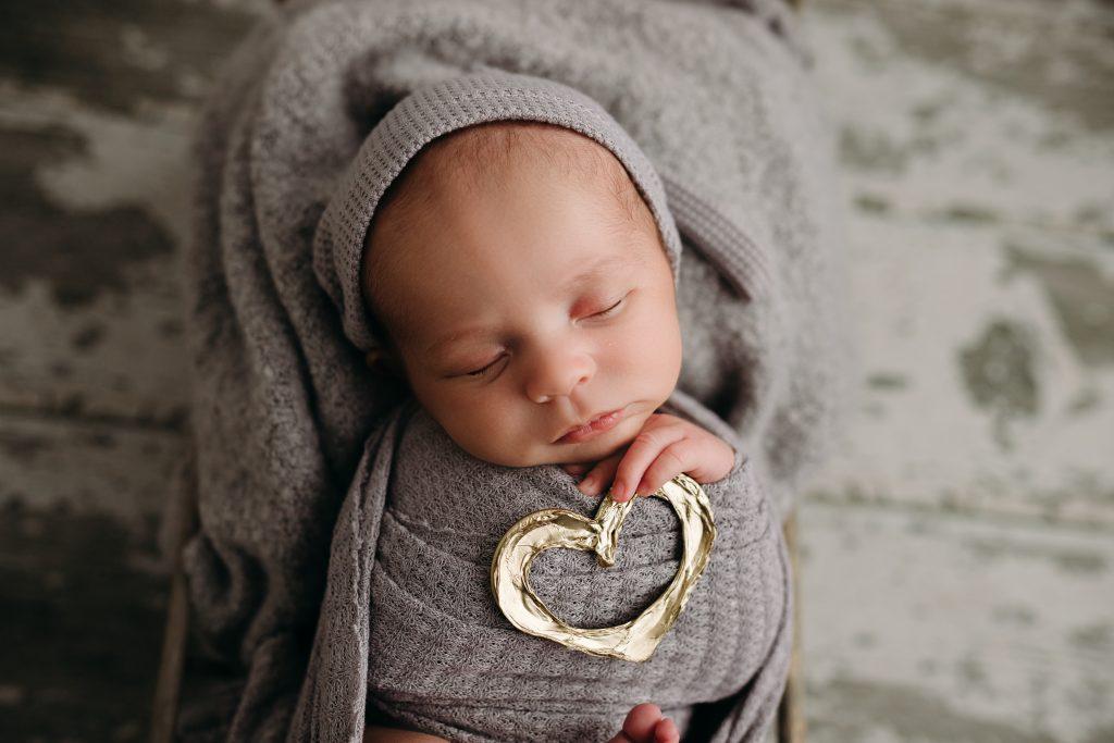 Newborn Photo session Carmel Indiana