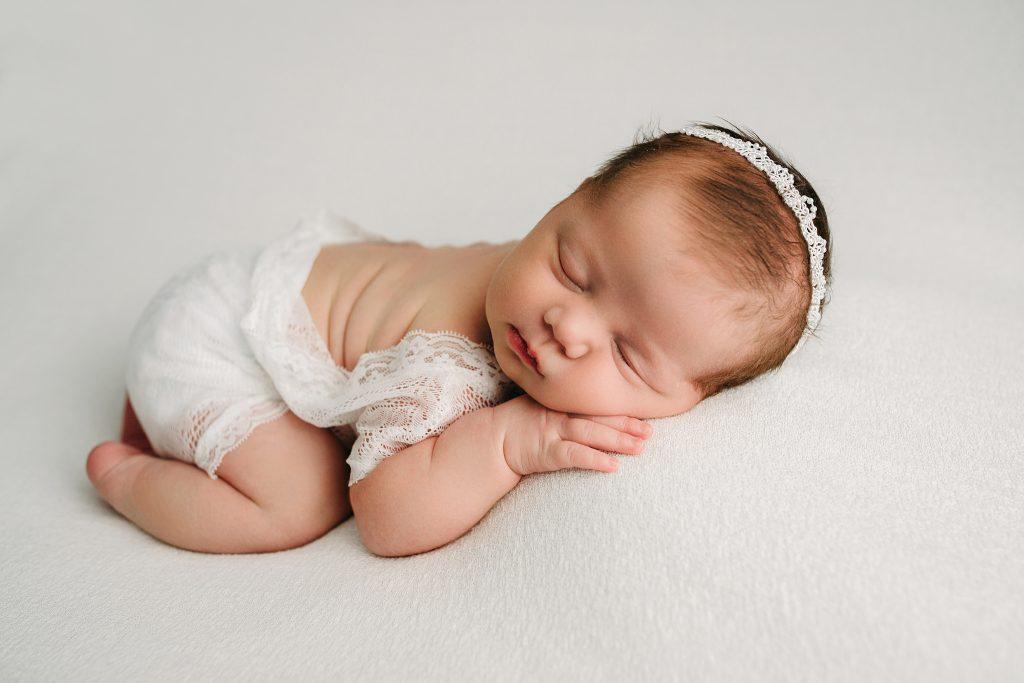 Best Newborn and Family Photographer