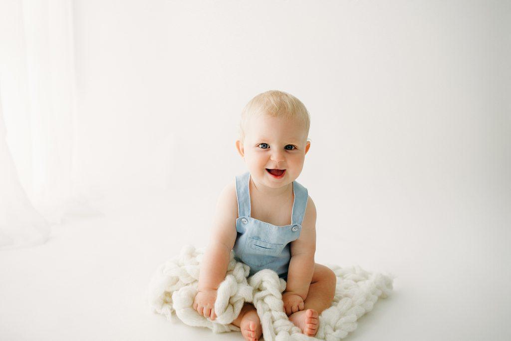 Indianapolis IN Baby Milestone Photo Studio